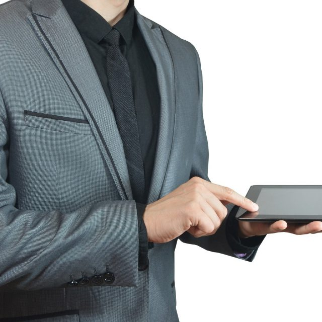Manneli Suits